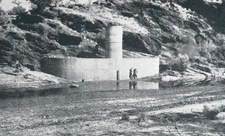 Water gauge tower in the Gammams II area, October, 1961. The first installations of this type were fitted with float gauges. Photograph: Dr. Otto Wipplinger.
